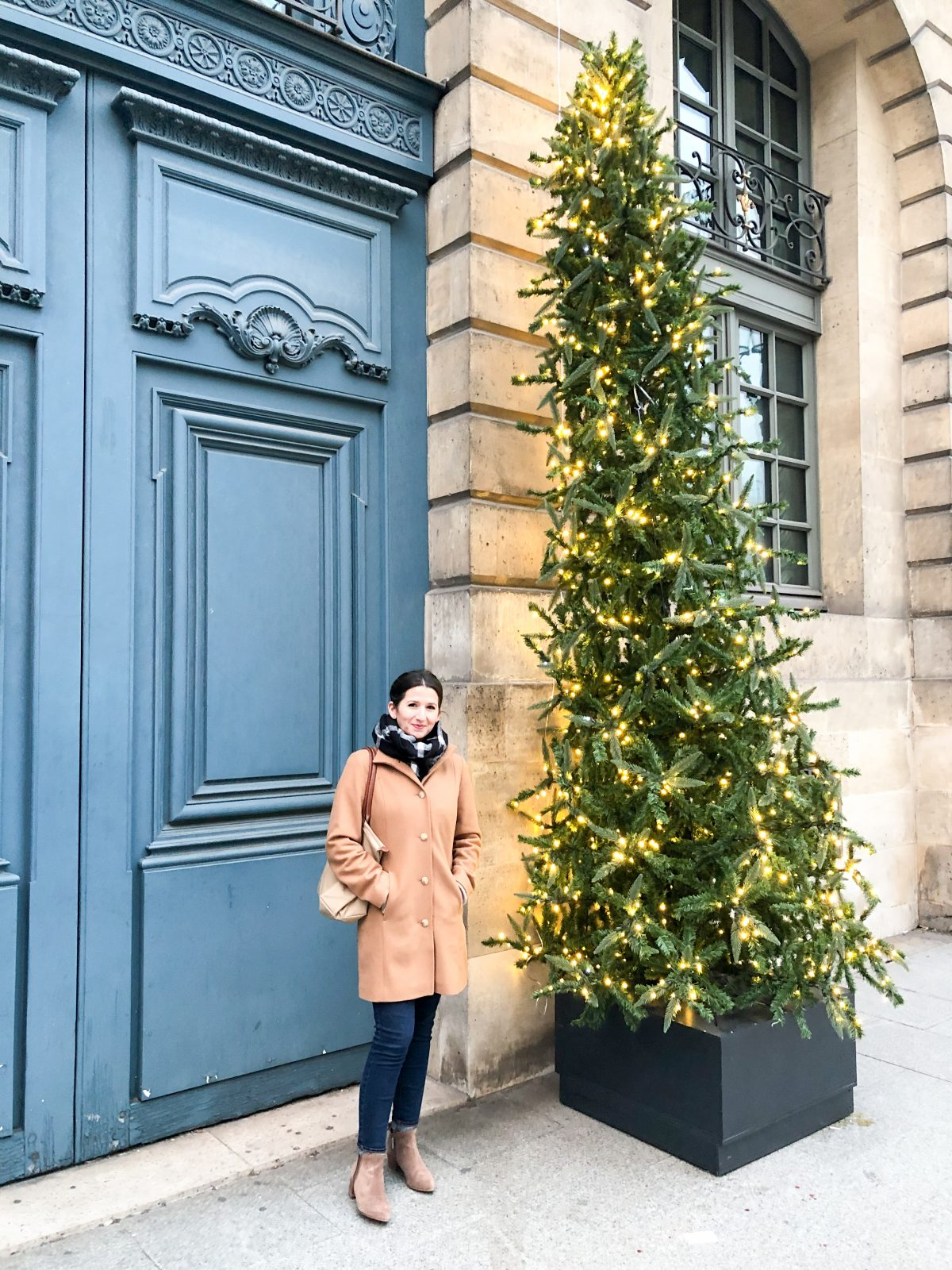 paris-christmas-tree